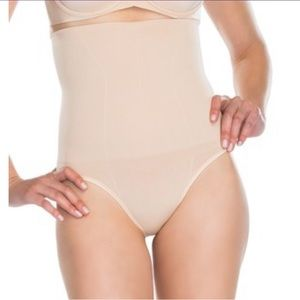 SPANX Flatout Flawless High Waisted Panty Shaper